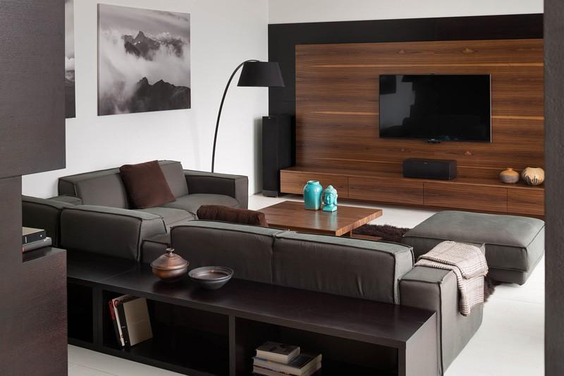 Không gian nhà đẹp và sang trọng sử dụng nội thất gỗ óc chó